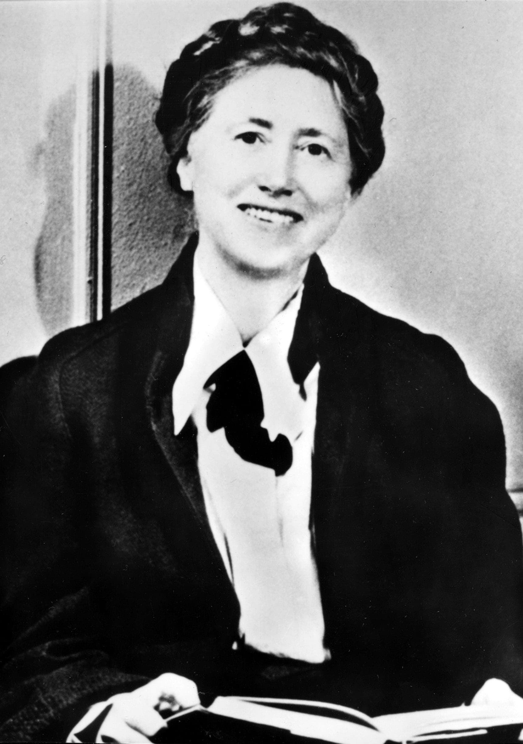 Photo of Marianne Moore.